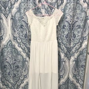 Sz Small BeBe white lace top dress